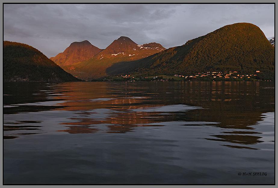 Sonnenunterg am Romsdalfjord