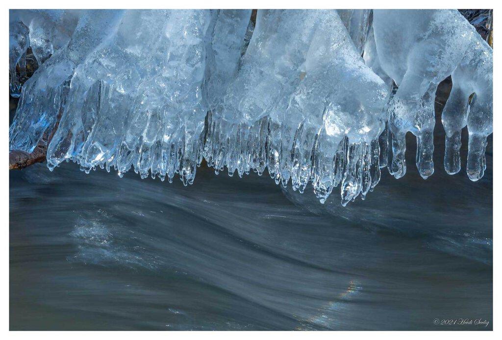 Eis am Schwarzbach